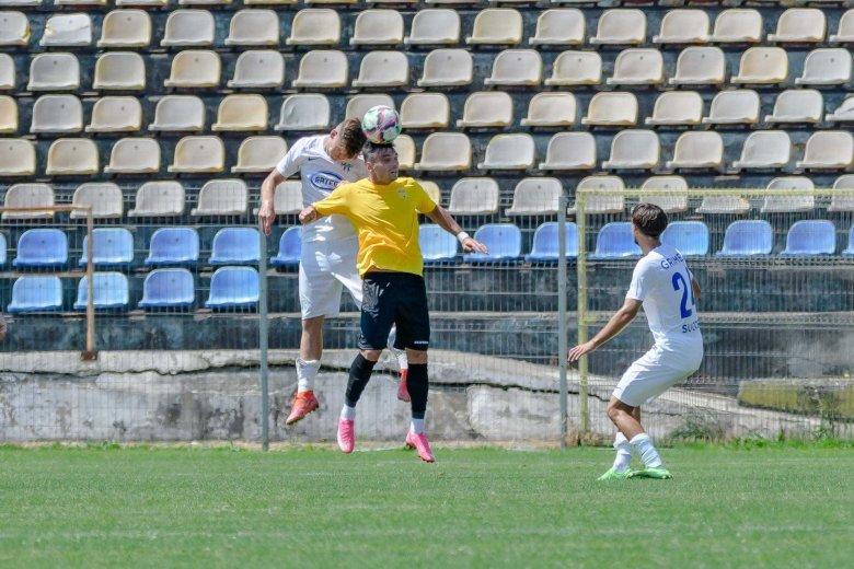 Kiállítás a második percben, kapott egy hatost a Brassói FC a 2. Ligában