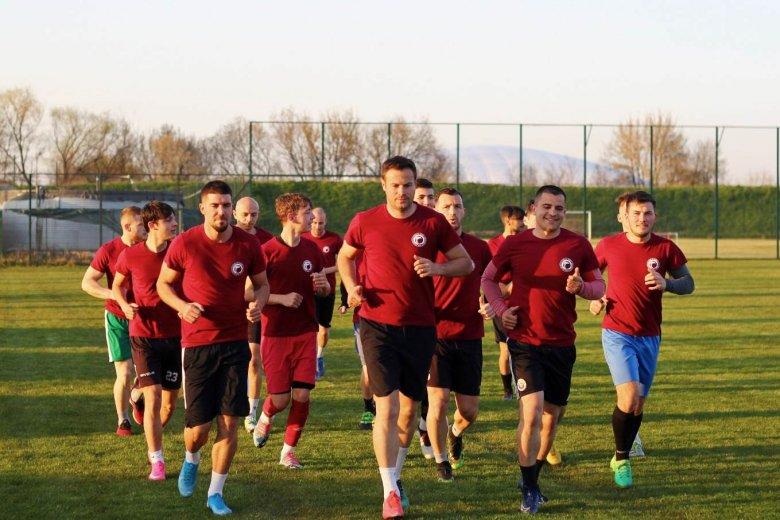 A hazai csapatok nyitófordulója volt a Maros megyei 4. ligás focibajnokságban