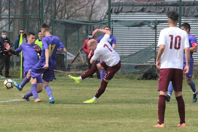Szovátán és Marosvásárhelyen rendezik a megyei 4. ligás focielődöntőket