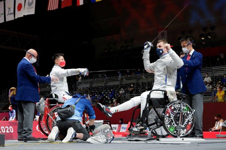 Magyar ezüstérem tőrben a tokiói paralimpián