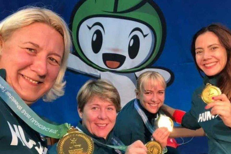 Bronzérmes a magyar női tőrcsapat a paralimpián
