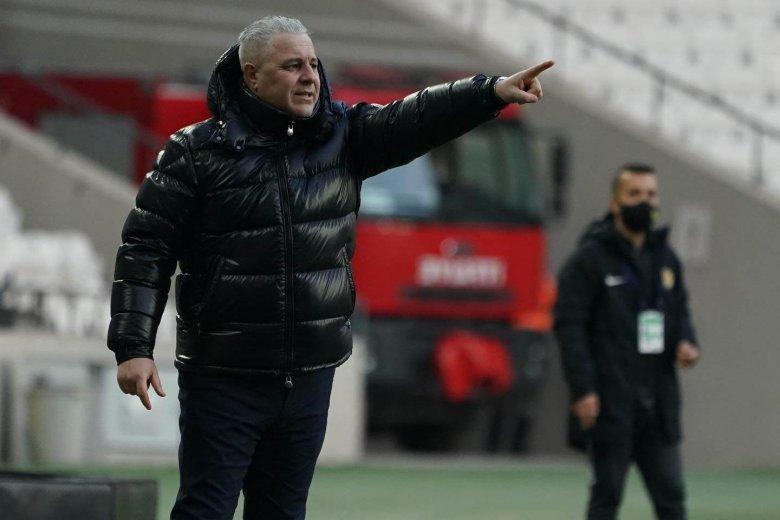 A kiesés ellen küzd új csapatával a Törökországban maradt román szakvezető