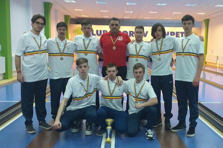 Megvédték bajnoki címüket a vásárhelyi ifjúsági tekések