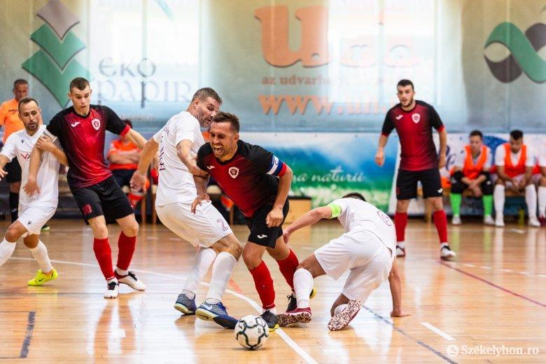 Háromra hattal válaszolt, nagyot fordított a Futsal Klub