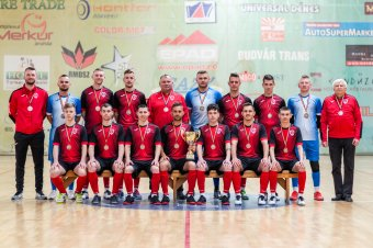 Átvették a megérdemelt érmeket az FK Udvarhely teremfocisai