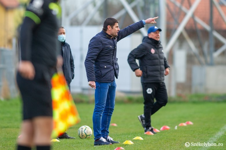 Már nem Florin Stângă az SZFC edzője
