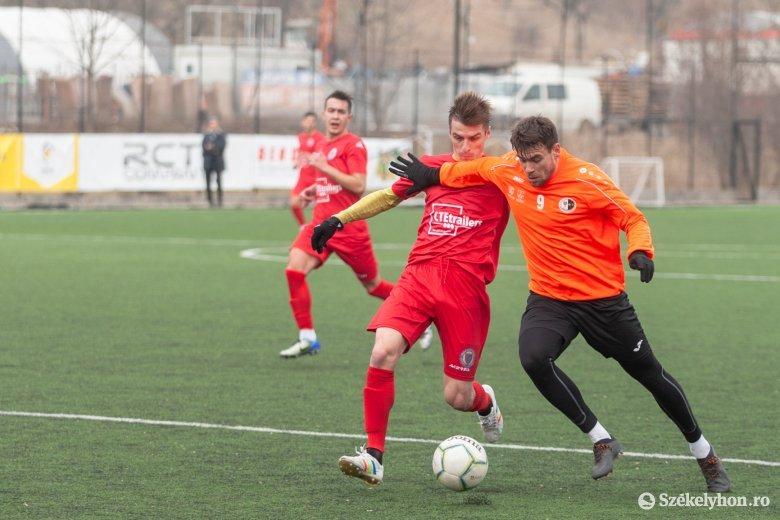 SZFC–Rozsnyó edzőmeccs: sok helyzet, két gól – fotókkal