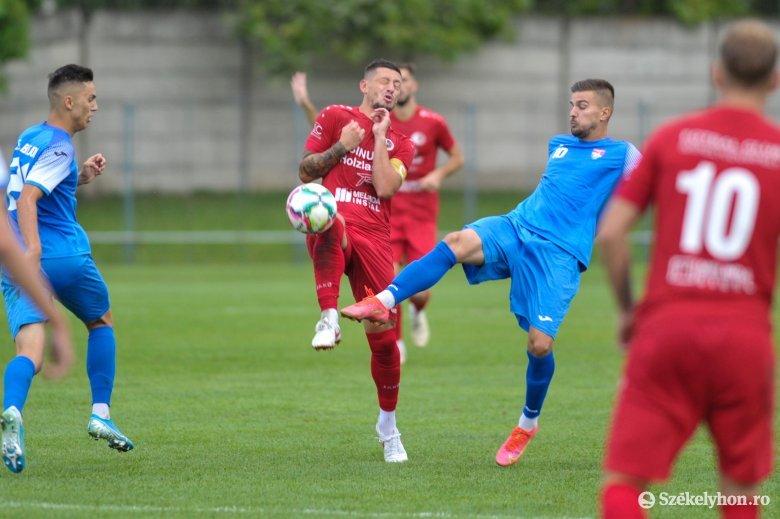 3. Liga: pénteken pályán a Maros megyeiek, szombaton KSE-SZFC rangadó