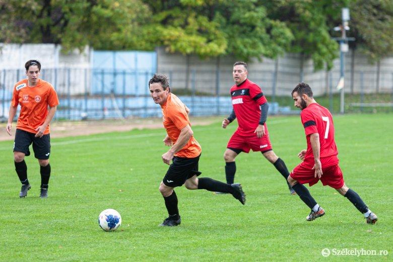 Hat udvarhelyszéki csapat a kupa negyeddöntőjében