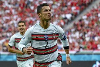 Vizsgálatot indít az UEFA a Ronaldót sértegető magyar szurkolók viselkedése miatt