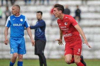 Hodgyai László visszatért az FK-hoz, egy litván csatár is érkezett