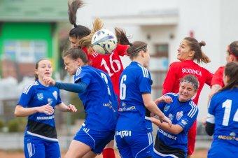 Nem kápráztattak el a gólhelyzetekkel a női labdarúgók
