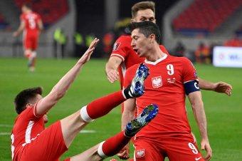 Skót–cseh kezdésként, Lewandowskiék a szlovákokkal meccselnek, a spanyolok a svédeket fogadják