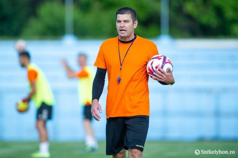 Az 1. Liga egyik kiesőjét irányítja az SZFC volt edzője