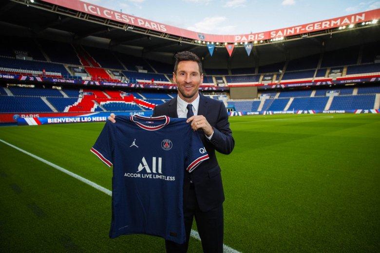 Hivatalos: bejelentette a hatszoros aranylabdás Lionel Messi szerződtetését a Paris Saint-Germain