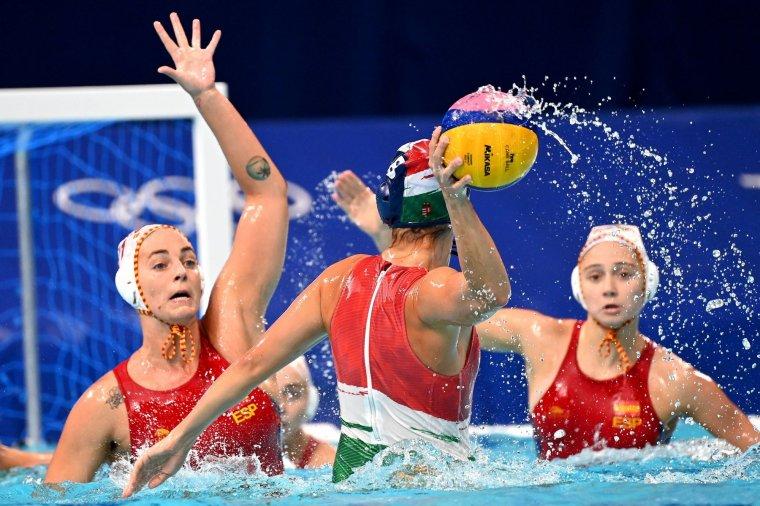 Negyedik olimpiai elődöntőjét is elveszítette a magyar női pólócsapat
