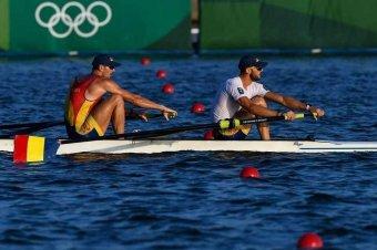 Csütörtökön hajnalban is éremért versengenek a magyar és román sportolók