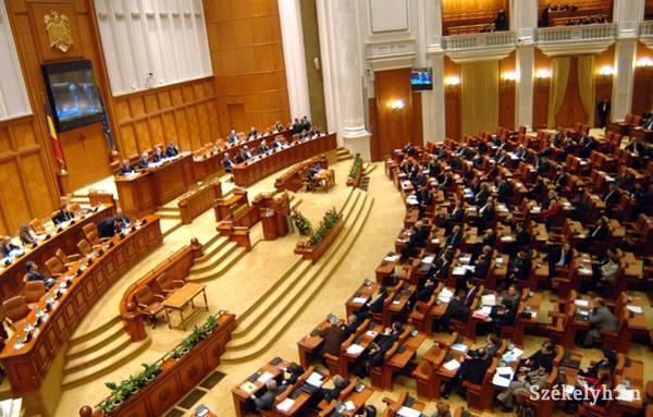 Politikai feszültséget gerjesztő törvénytervezetek szerepelnek a román parlament őszi ülésszakának napirendjén