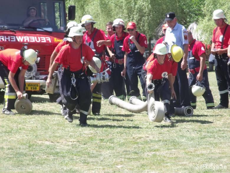 Tűzoltók találkoztak és dolgoztak Jobbágyfalván