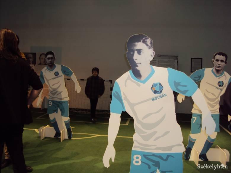 Interaktív kiállítás nyílt a magyar-zsidó focistákról
