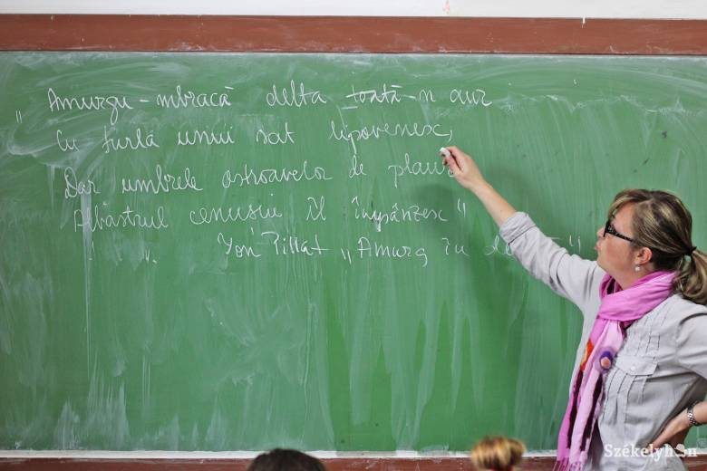 Apáczai-díj – pályázati felhívás pedagógusoknak