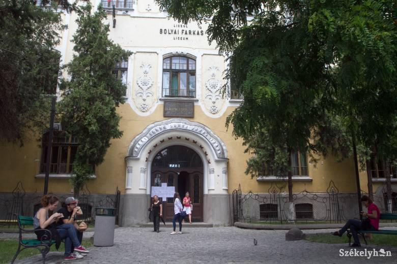 A Bolyai oltalmába ajánlotta a katolikus iskolát a vásárhelyi önkormányzat