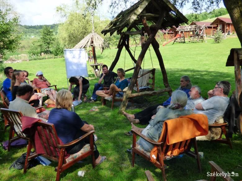 Közösségépítő kezdeményezéseket vesznek szemügyre Nyárádmentén