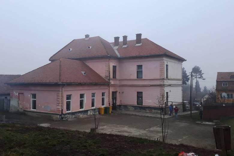 Teljes felújítás és épületbővítés az erdőszentgyörgyi iskolánál