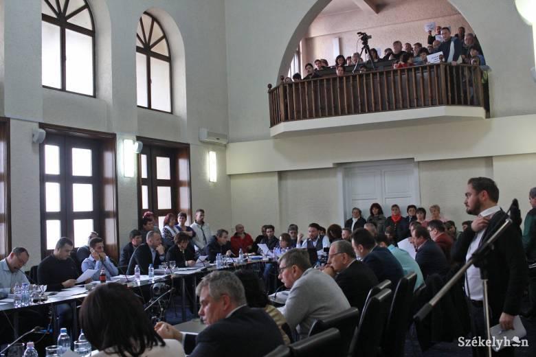 Elfogadták a költségvetést, nem épül mélygarázs Marosvásárhelyen
