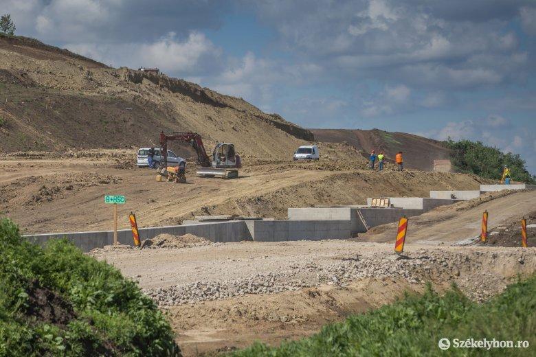 Még csak papíron létezik az Erdélyt Moldvával összekötő autópálya, de már módosítanák