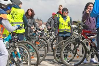 Még mindig kritikus a biciklis tömeg