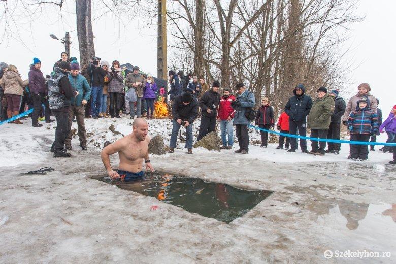 Vízkereszt, a farsangi időszak kezdete – Jézus megkeresztelkedésére, a napkeleti bölcsek látogatására is emlékeznek január 6-án