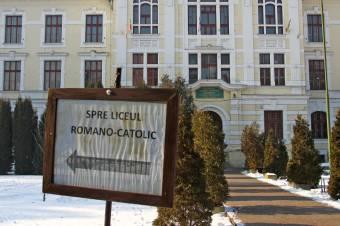 Törvénymódosítás: a parlament és a tanügyminisztérium is létesíthet kisebbségi nyelven oktató iskolát