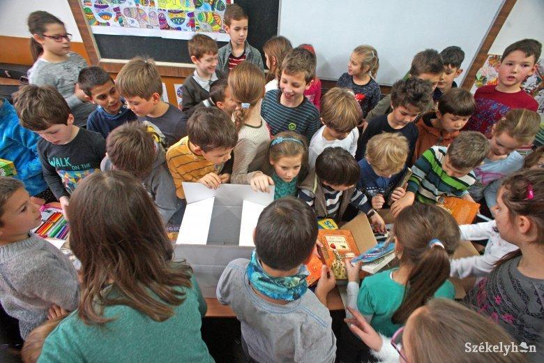 Csodasarok-díjak, amit nem maguknak, hanem az osztályközösségeknek nyertek a diákok
