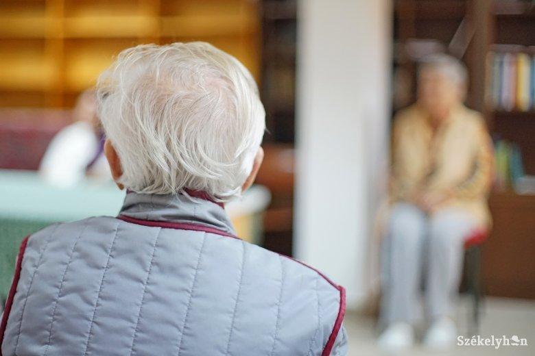Sokat tehetnek a civil szervezetek az idősekért a jelenlegi helyzetben