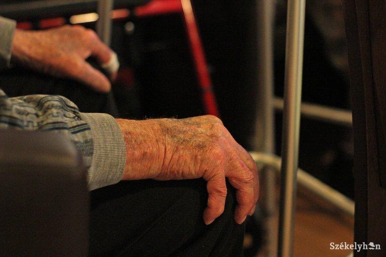 Hamarabb jutnak a pályázati úton leosztott pénzhez az otthoni betegellátást végző szervezetek