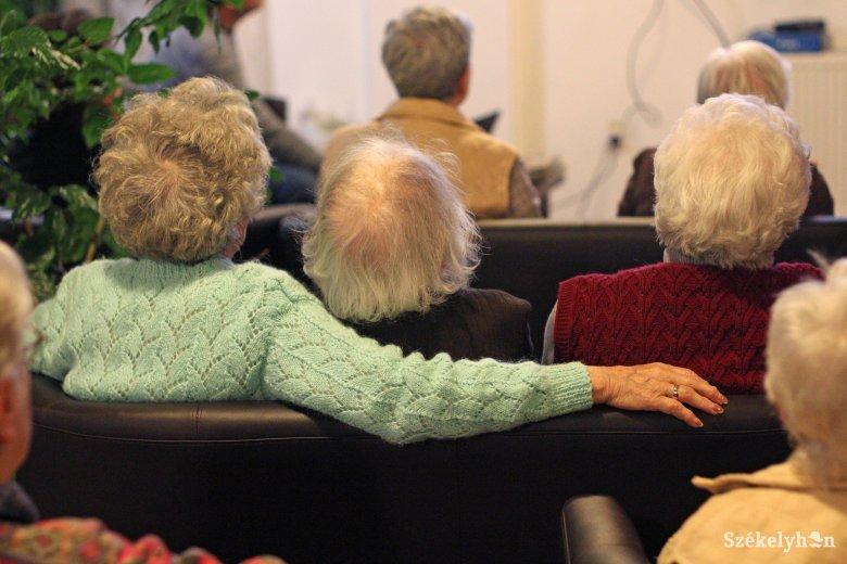Újraszámolják a nyugdíjakat: ötmillió juttatást néznek át az elkövetkező másfél évben