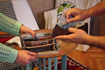 A bevételek beosztása komoly feladat a családban