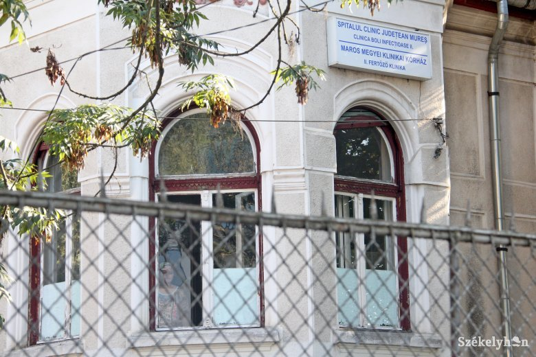 Brassó megyei fertőzötteket fogadott a Maros Megyei Klinikai Kórház