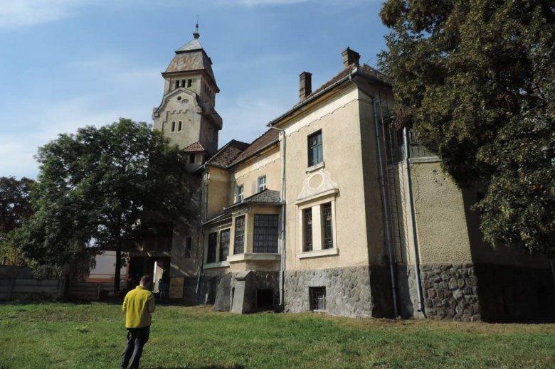 Kitárja kapuit az Urmánczy-kastély