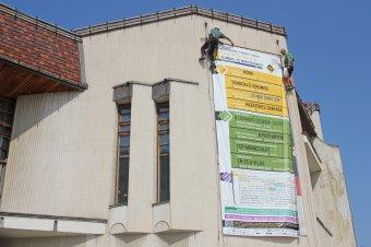 Színházmizéria Marosvásárhelyen: fizetésekre megy el a költségvetés