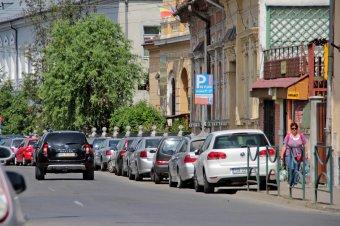 Drágább lesz a parkolás, nagyobb a bírság – így döntöttek a képviselők