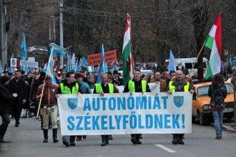 Az autonómiáért gyűltek össze Marosvásárhelyen a székely szabadság napján