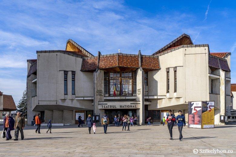 A román-magyar együttélés a témája a hosszú idő óta először nézők előtt bemutatott színdarabnak Marosvásárhelyen