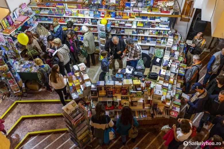 Korlátozásokkal ugyan, de lesz könyvvásár Marosvásárhelyen