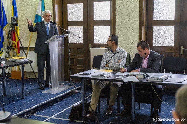 Abszurd kérést kellett teljesítsen a marosvásárhelyi önkormányzati képviselő-testület