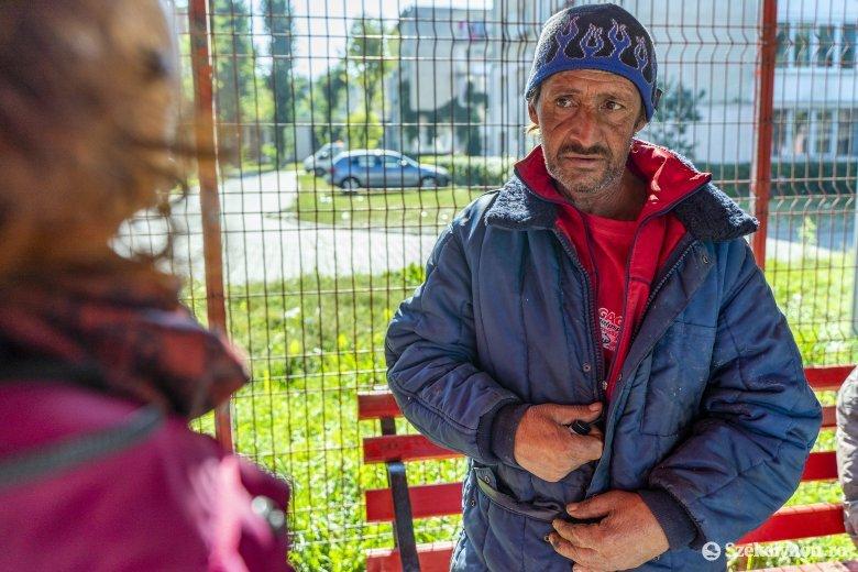 Nyáron sem áll le a hajléktalanok támogatása