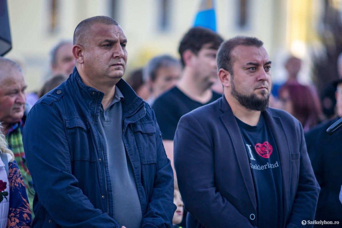https://media.szekelyhon.ro/pictures/vasarhely/aktualis/2019/03_oktober/o_nebantsd_a_magyart_11_hv.jpg