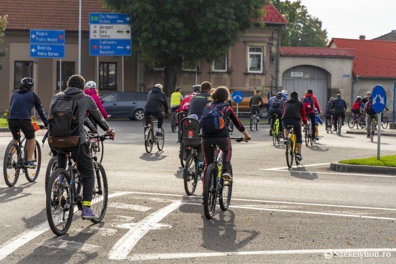 Tiltakozó felvonulást szerveznek a kerékpárosok Marosvásárhelyen