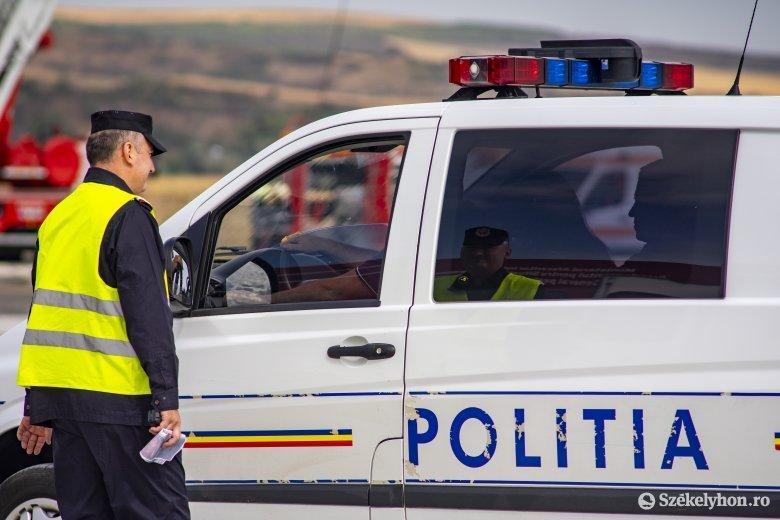 Versenypályán fejlesztik a rendőrök a gépjárművezetői ismereteiket
